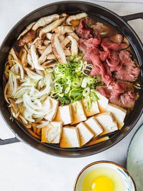 Sukiyaki (Japanisches Eintopfgericht)
