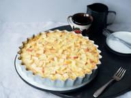 Swiss apple cake