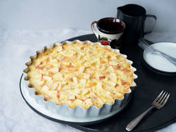 Swiss apple cake