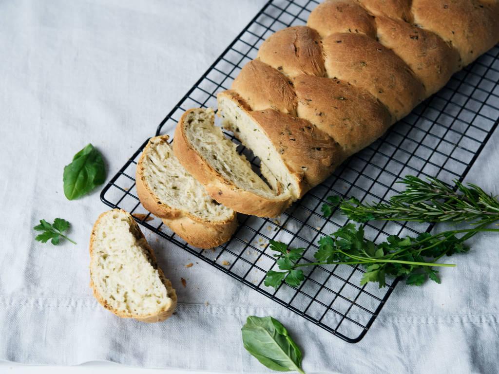 草本辫子面包