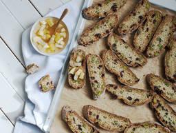 Cranberry-Pistazien-Biscotti mit Marmelade