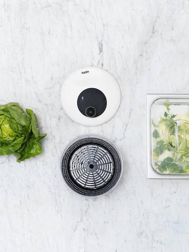Grünen Salat waschen, trocknen und lagern