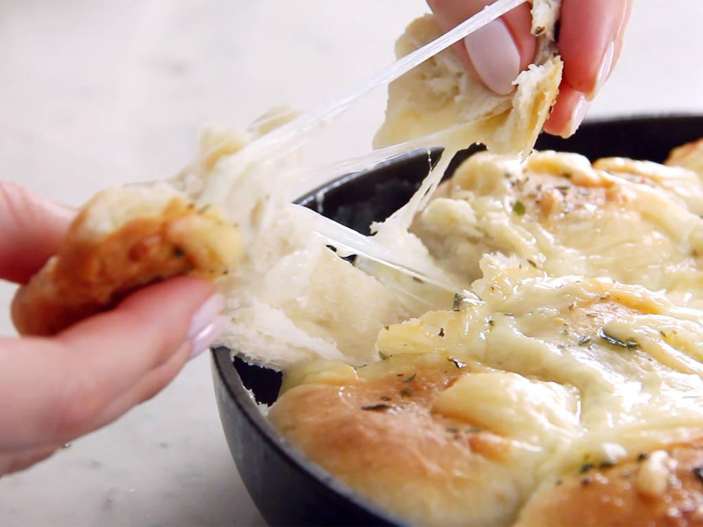金黃奶酪爆浆包