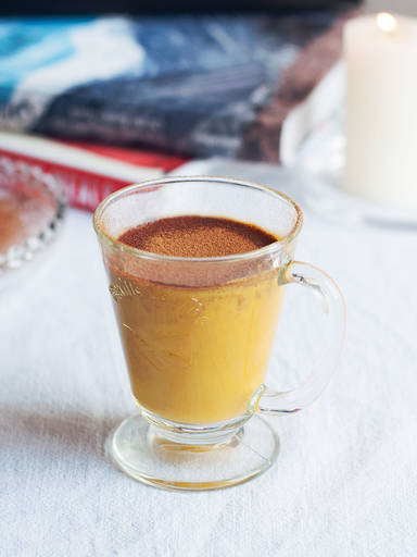 Turmeric-almond drink