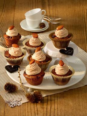 Lebkuchen-Muffins mit Rumfrüchten