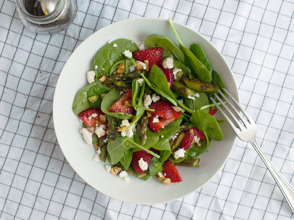 Light strawberry and asparagus salad