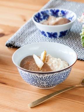 Vanilla rice pudding with spiced pear compote