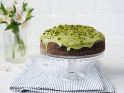 Chocolate cake with avocado and pistachios
