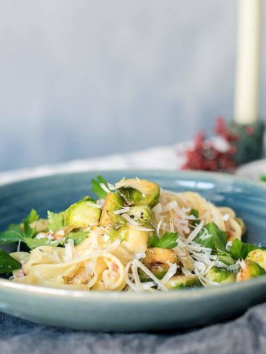 Pasta Carbonara mit Rosenkohl