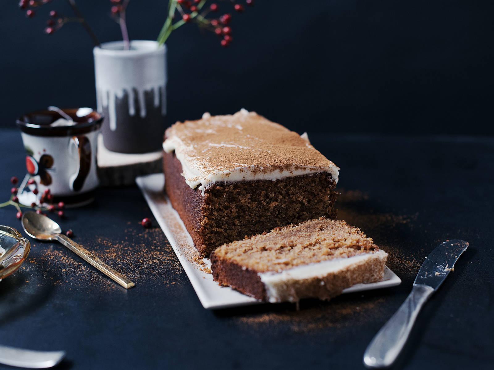Gingerbread loaf cake