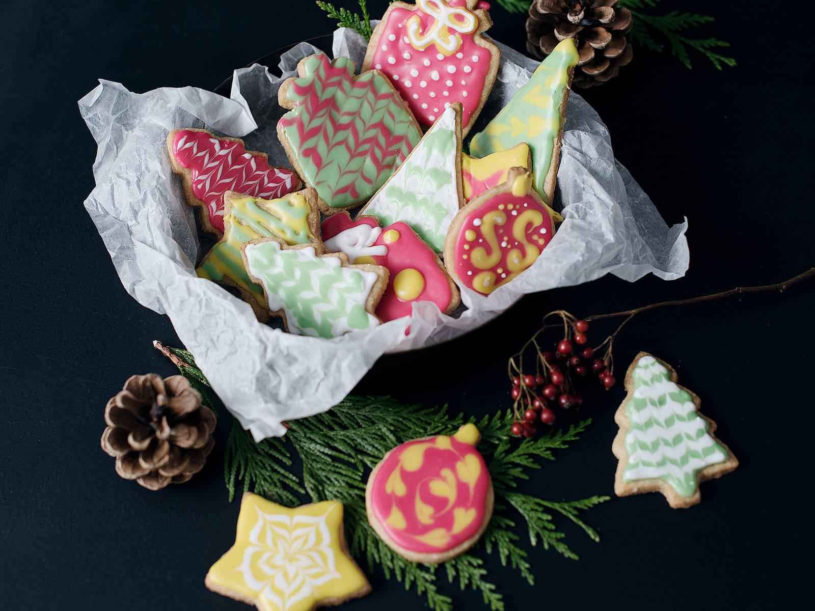 Verzierte Weihnachtsplätzchen