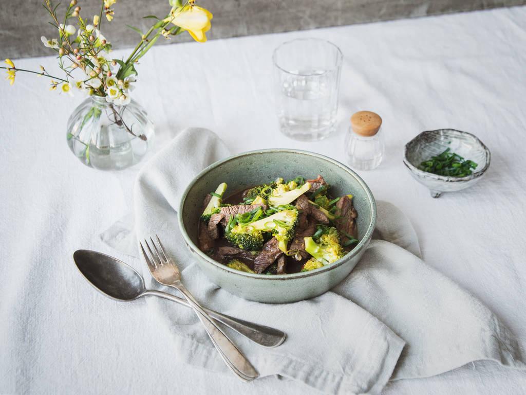 Brokkoli-Rindfleischpfanne