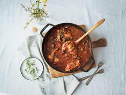 意式番茄炖鸡肉