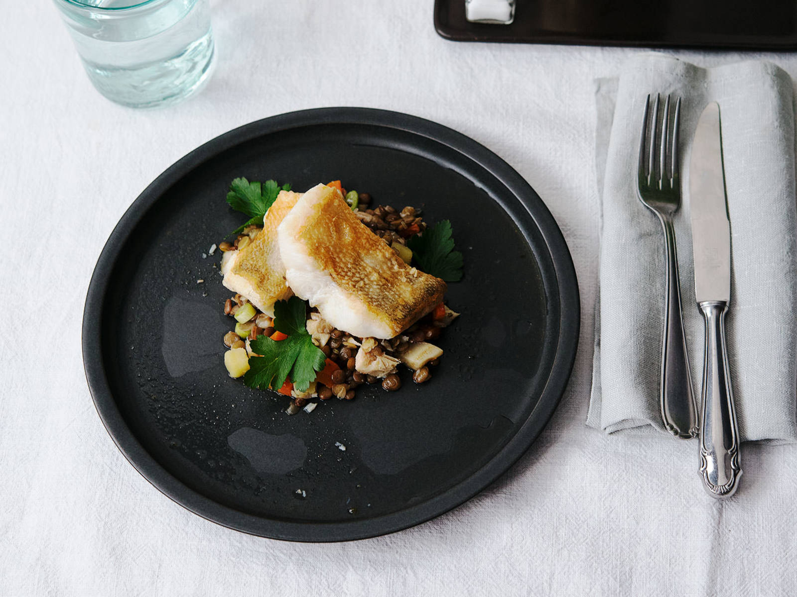 Pan-fried pike perch over lentil salad