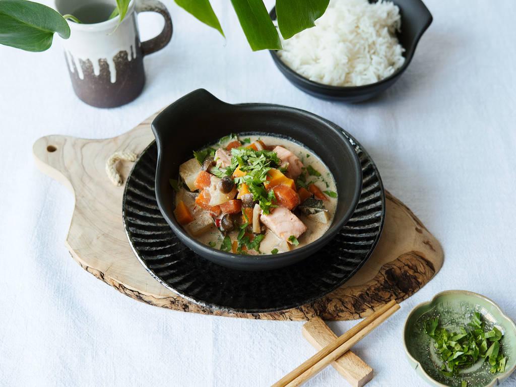 Japanisches weißes Curry