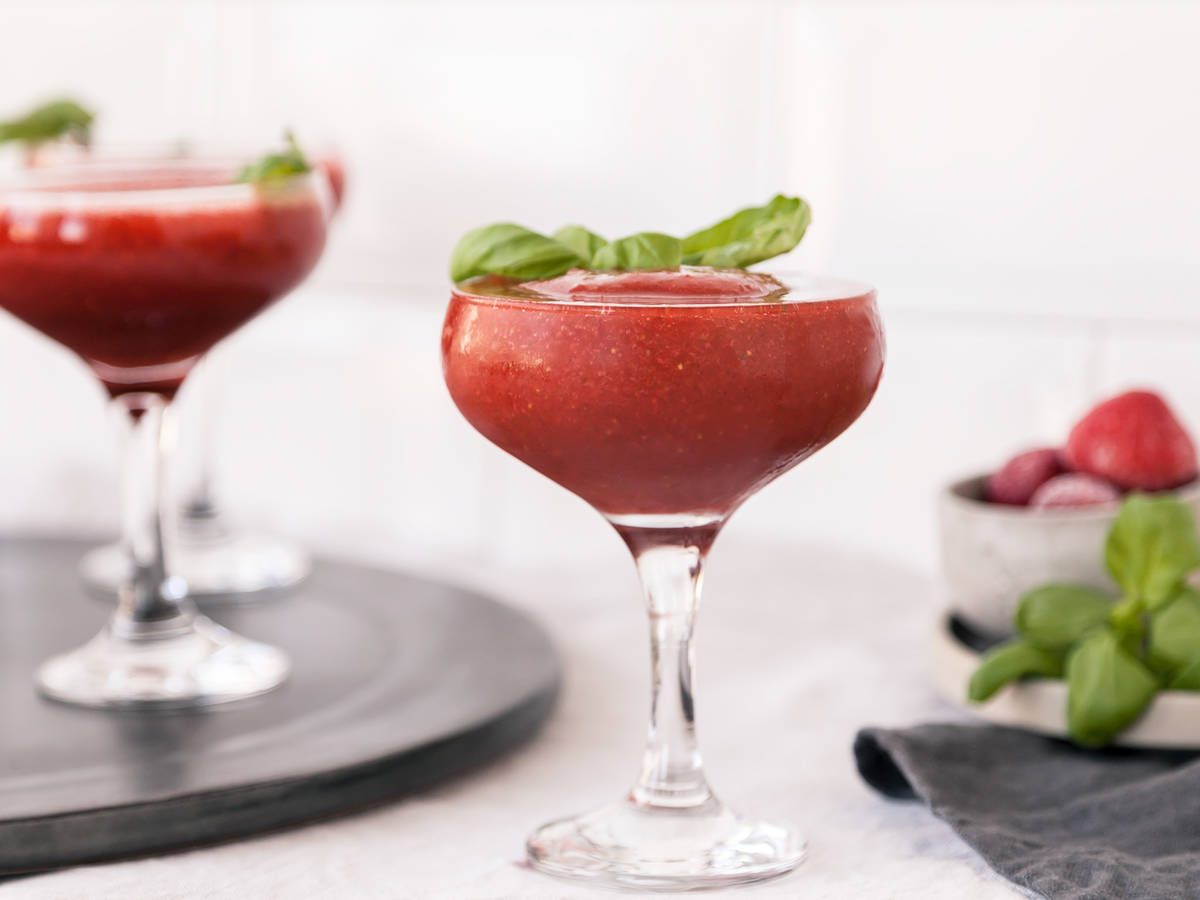 Strawberry basil frozen daiquiris