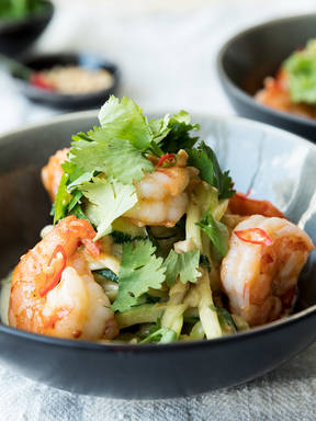 Spicy peanut zucchini noodles with shrimp
