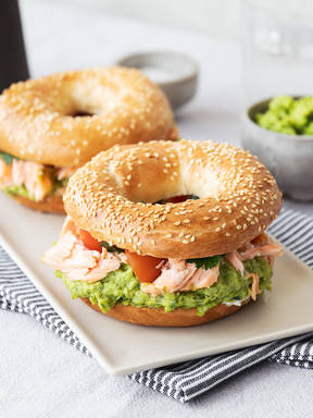 Salmon bagel burger with pea hummus