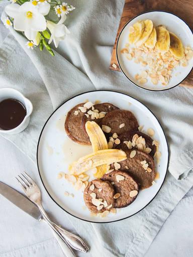3-ingredient paleo pancakes