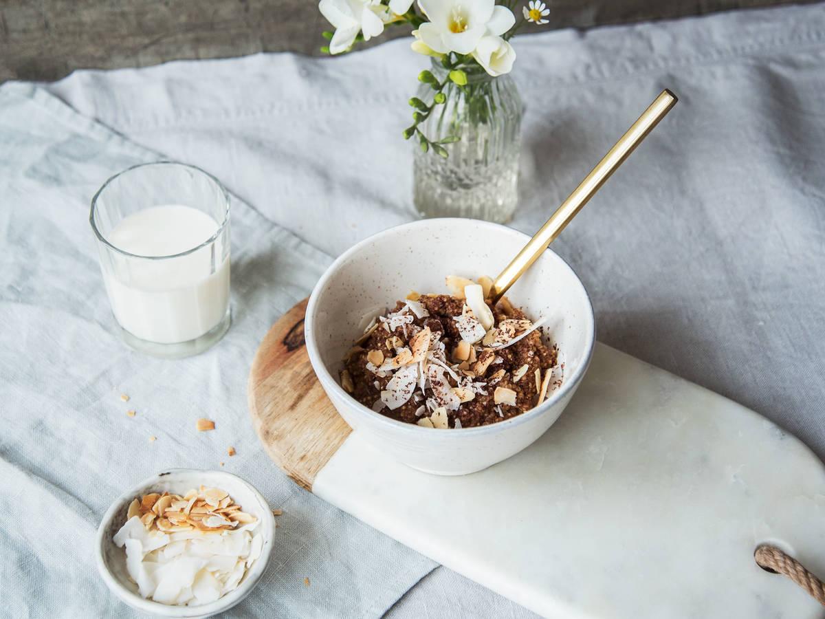 Schokoladen-Quinoa-Bowl