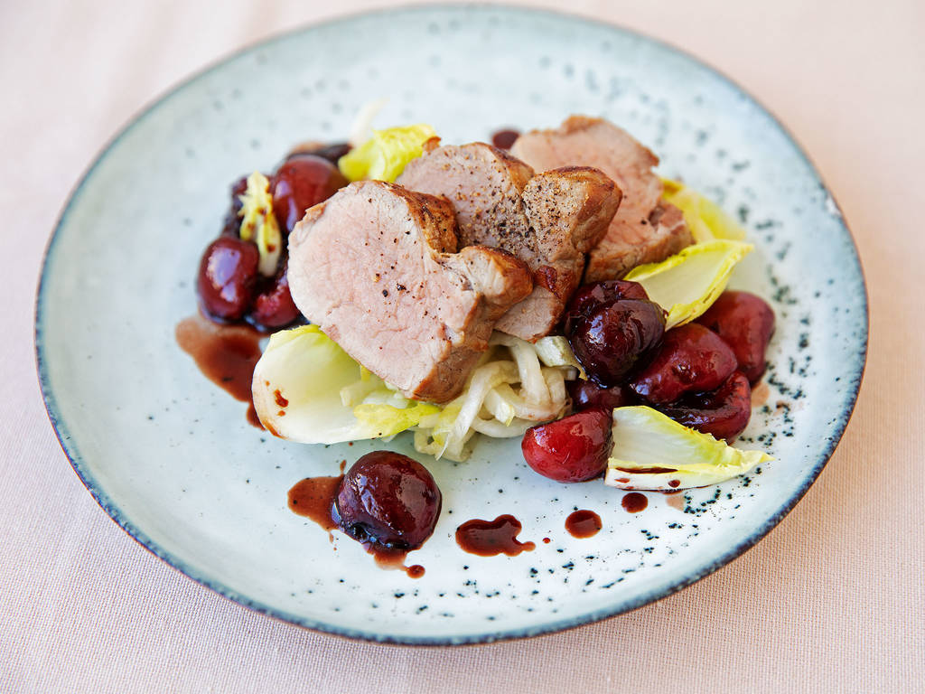 Roasted pork with cherry sauce