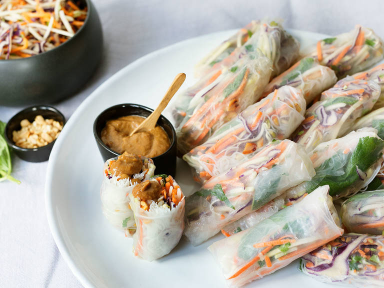 Thai summer rolls with peanut dipping sauce