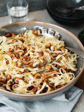 Tagliatelle with creamy chanterelle mushroom-bacon sauce