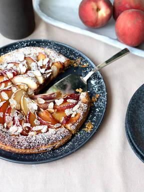 Stone fruit-frangipane tart