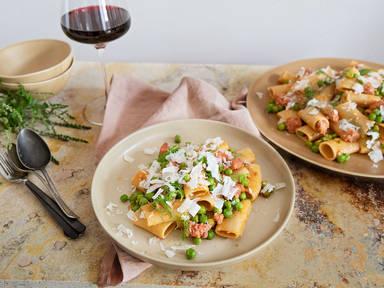 Pasta mit Salsiccia, Fenchel und Erbsen