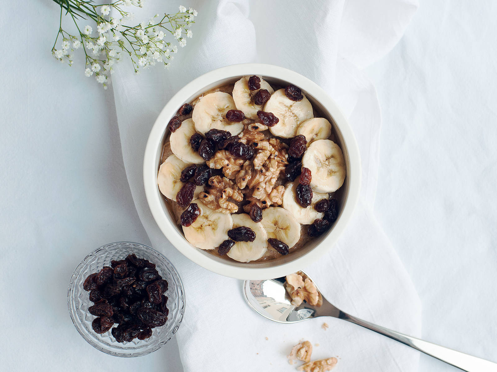 Bananenbrot-Porridge Bowl