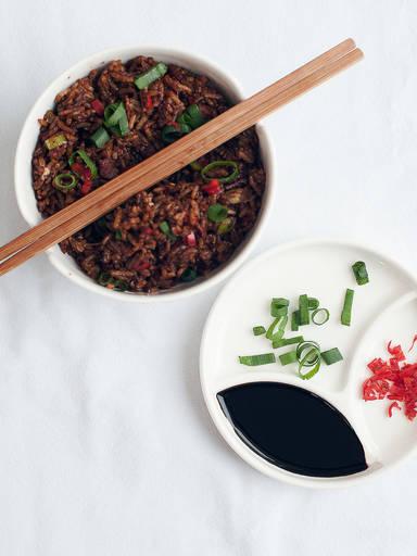 Asiatische Frühstücks-Bowl