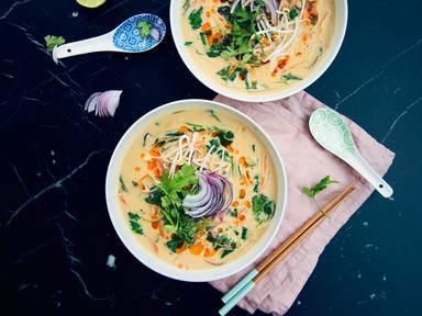 Thai peanut-coconut soup with rice noodles