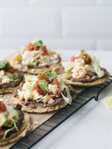 Mexican chicken sopes