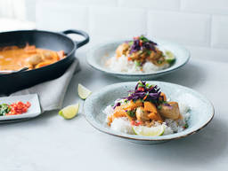 Rotes Thai Curry mit Hähnchen und Süßkartoffel