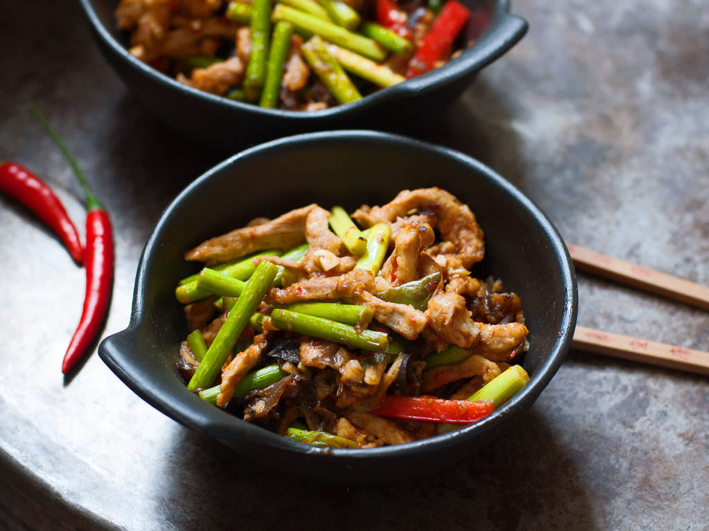 Shredded pork in hot garlic sauce