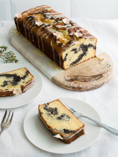 Marmorkuchen mit Mohnwirbel