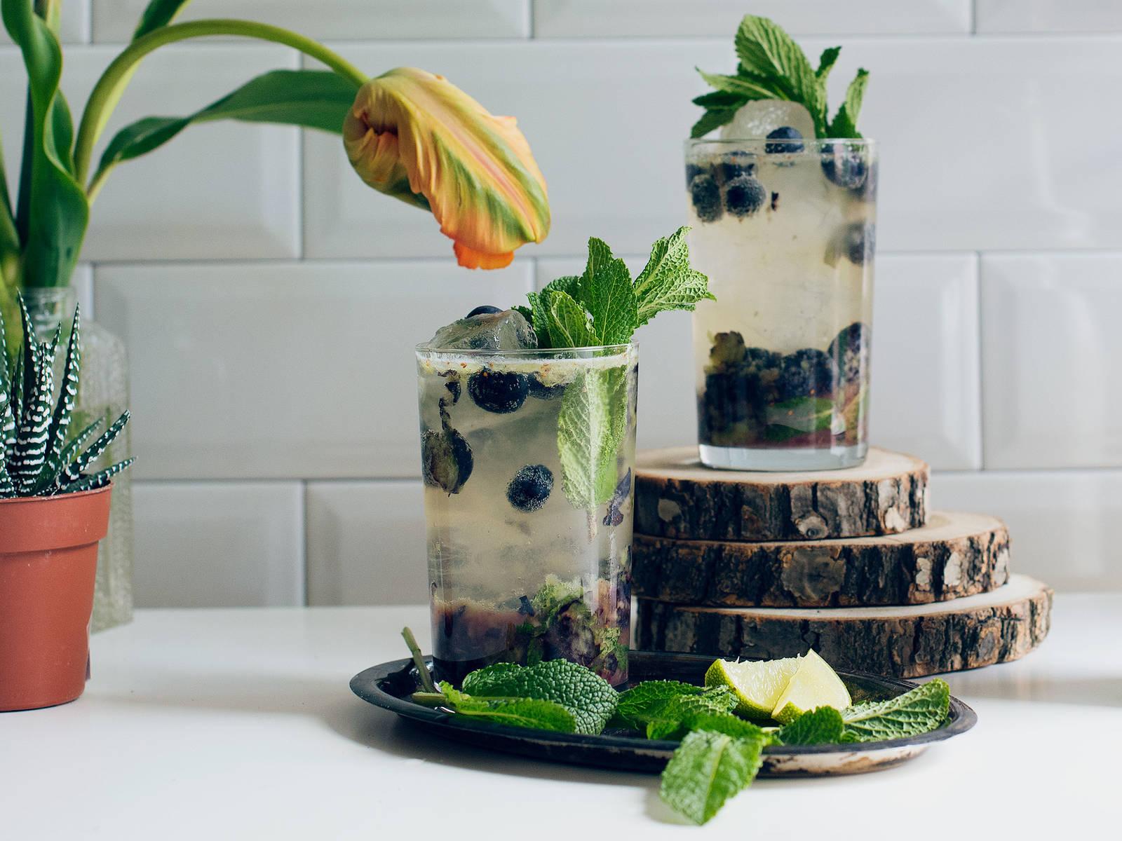 Blaubeer Minz Mocktail