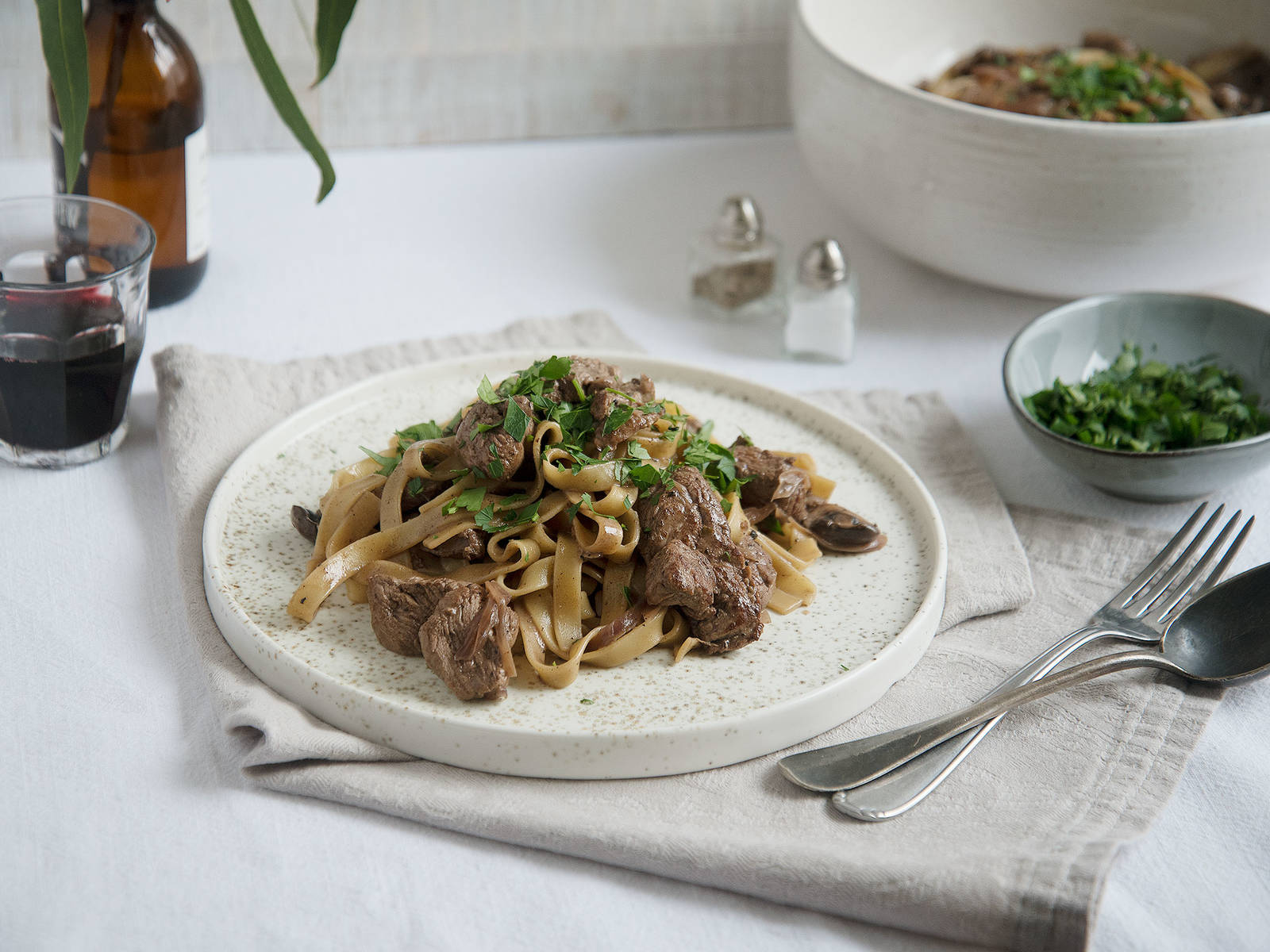 Tagliatelle with beef and creamy pepper sauce