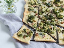 Gorgonzola-Brokkoli-Pizza