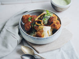 Roasted cauliflower with yogurt dip