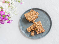 Vegan granola bars