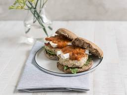 Turkey burger with apricot chutney