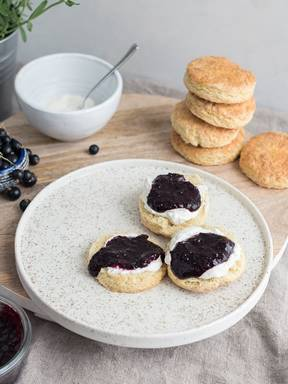 Scones with blackcurrant jam