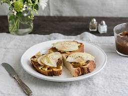 Apple butter toasts