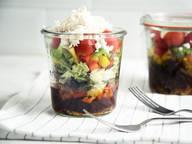 Bohnen-Feta-Salat im Glas