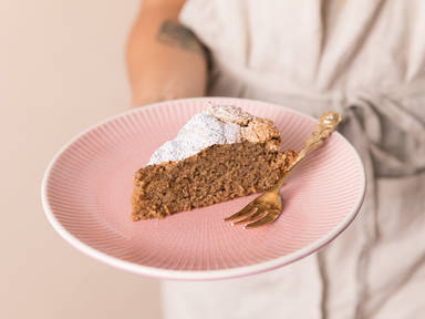 3-ingredient Calabrian walnut cake