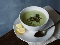 Romanesco soup with walnut-mint pesto