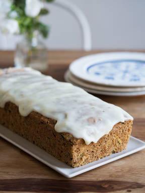 Zucchini-lime cake