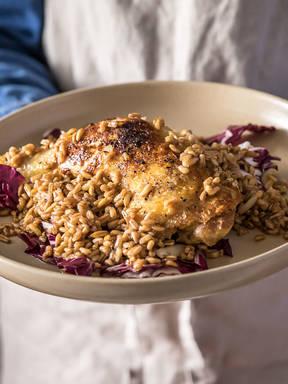 Braised chicken with spelt