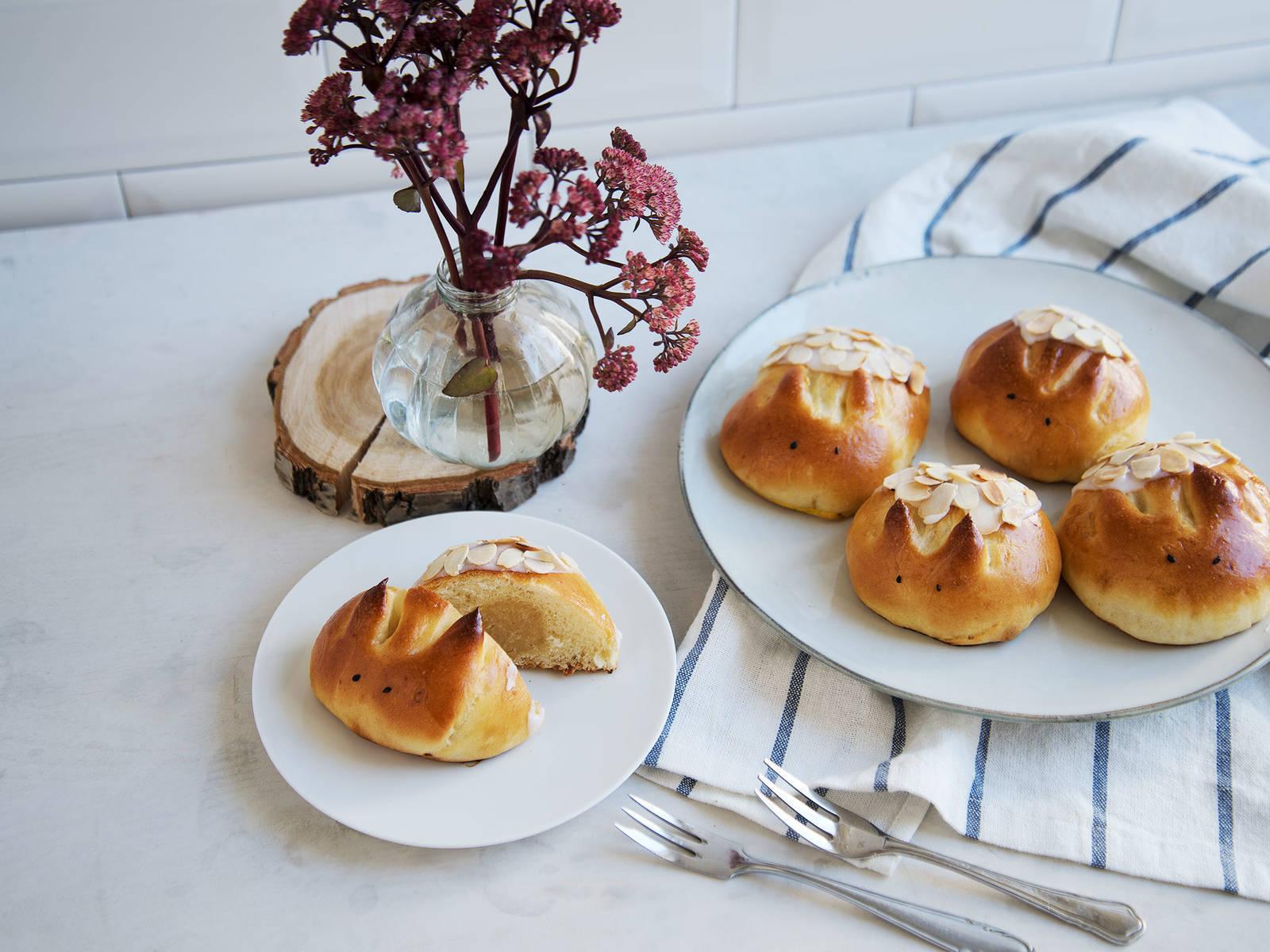 杏仁蛋白软糖刺猬白面包